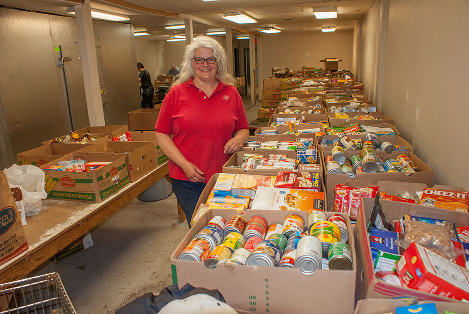 Chippewa Valley residents support Stamp Out Hunger food drive in